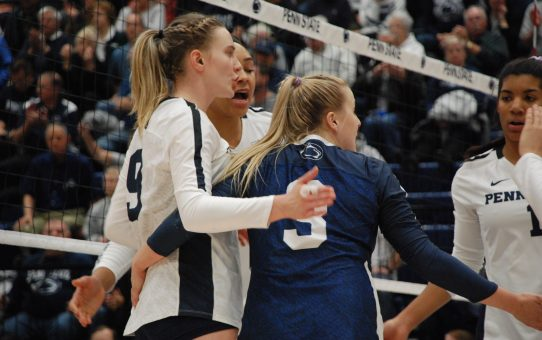 Nyle DiMarco Wants To Practice With Penn State Volleyball
