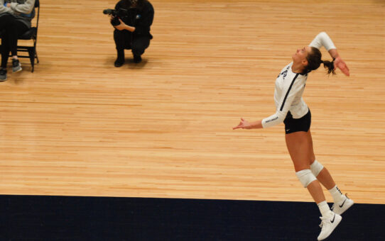 Penn State Women's Volleyball Loses 3-2 To Ohio State