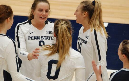 Penn State Women's Volleyball Rallies Past Illinois 3-2