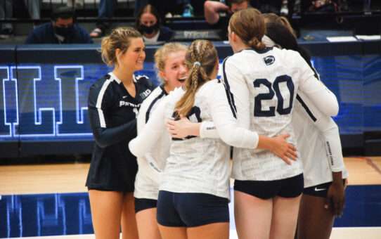 Holland Dominant In Penn State Volleyball's Sweep Of Robert Morris