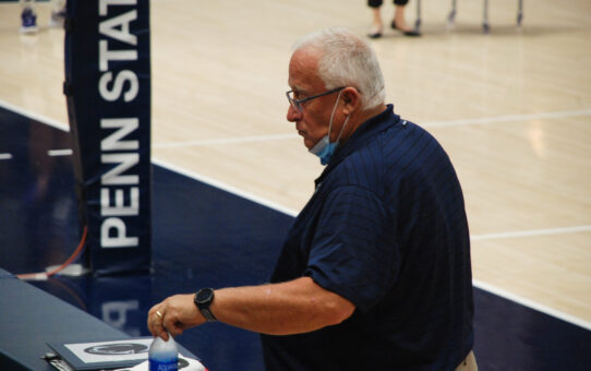 Penn State Volleyball Swept By Oregon
